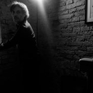 negativi_attore_fotografando_veronica_croccia_fotografia_teatro_sanzio_fusconi_4