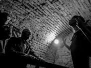 negativi_attore_fotografando_veronica_croccia_fotografia_teatro_sanzio_fusconi_5