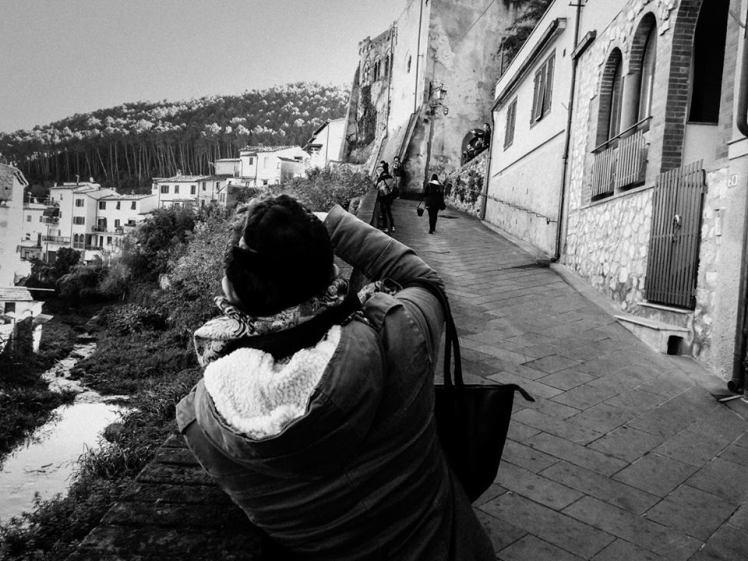 FOTOGRAFANDO_MONTOPOLI_SCUOLA_FOTOGRAFIA_CORSI