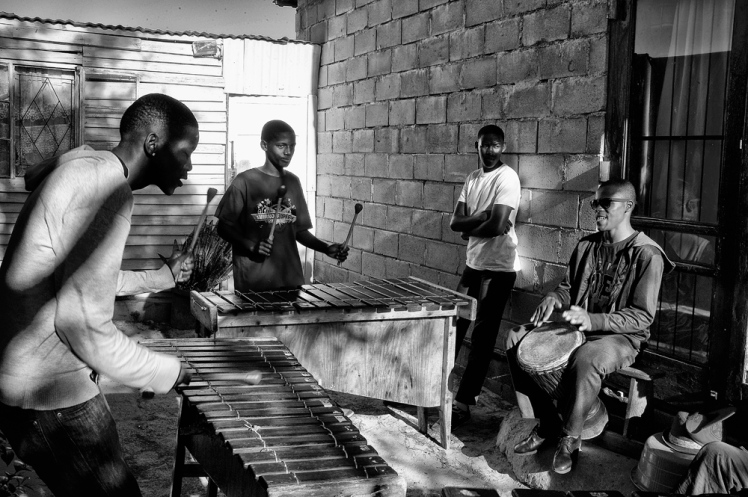 084 jazz in township-L1000766